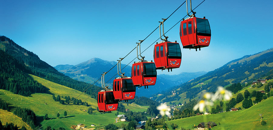 Austria_Saalbach-Hinterglemm_Valley-view-chairlifts.jpg
